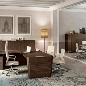 x10-executive-desks